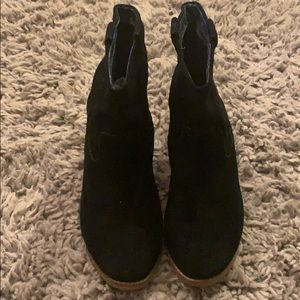 Women's TOMS Boots size 9 1/2 9.5